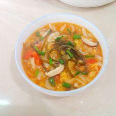 茄香海带丝煮通心粉的做法