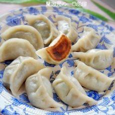 白菜鲜肉锅贴饺子