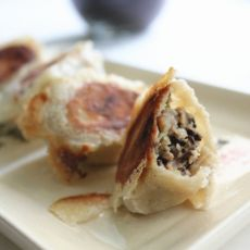 猪肉香菇荞麦煎饺