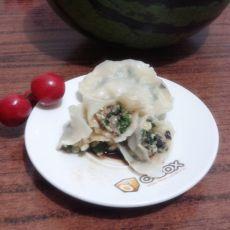 鸡蛋木耳韭菜馅饺子的做法