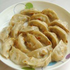 木耳鸡肉煎饺的做法