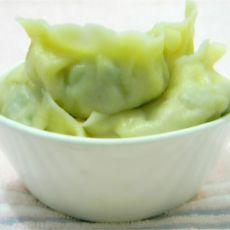芹菜鸡蛋粉丝水饺的做法