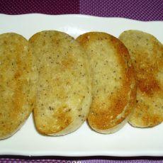 香煎黑豆渣馒头片-电饼铛版