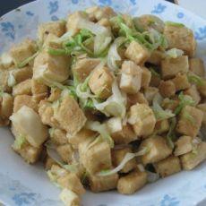 白菜辣炒馒头丁