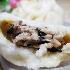 香菇木耳猪肉馅包子