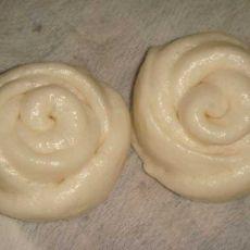 白玫瑰花蒸包子