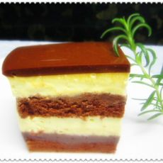 焦糖巧克力冻蛋糕