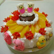 红酒卡通水果蛋糕