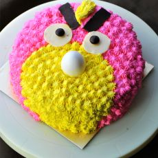 愤怒小鸟生日蛋糕的做法