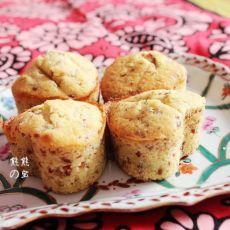 奶香蔓越莓杏仁爱心蛋糕