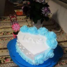 蓝玫瑰蛋糕