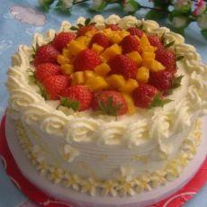 草莓水果奶油蛋糕