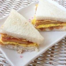 番茄沙司小三明治