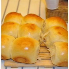 牛奶蜂蜜面包