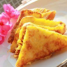 蛋香黄油吐司