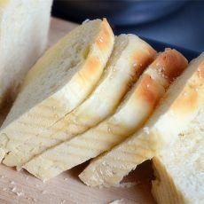 梨酱面包的做法