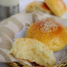 奶酪蜂蜜餐包的做法