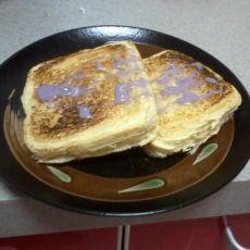 松软花生酱三明治