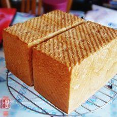 巴马奶酪粉吐司