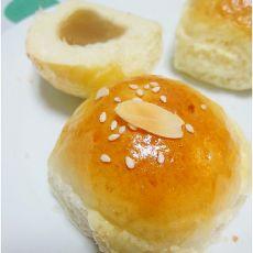 饺子粉做的豆沙餐包的做法