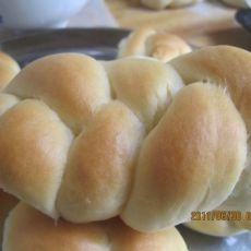 牛奶麻花面包