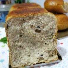 黑加仑全麦面包