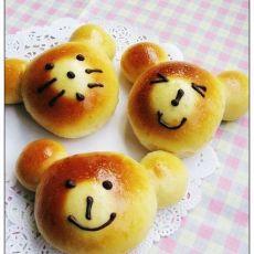 可爱的熊仔面包