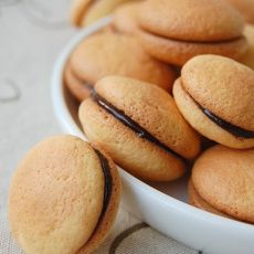 杏仁夹心小西饼的做法