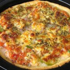 鲜虾里脊肉披萨
