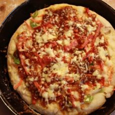 自制蔬菜匹萨
