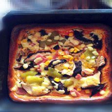 菌菇火腿杂蔬披萨
