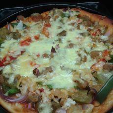 杂蔬牛肉披萨