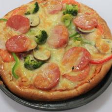 鲜虾蔬菜披萨