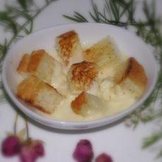 奶冻土司布丁