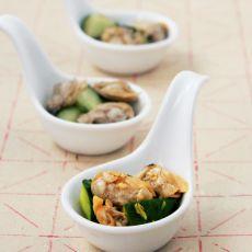 蛤蜊肉拌黄瓜