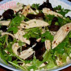 香菜拌腐竹黑木耳的做法