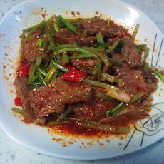 芹菜拌牛肉的做法