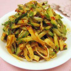 黄瓜拌五香干豆腐