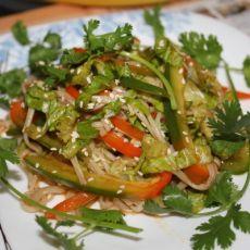凉拌青椒金针菇