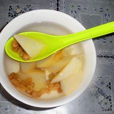 葡萄干冰糖梨水