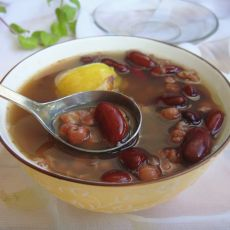薏米无花果红豆汤