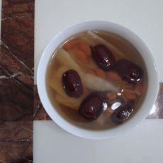 淮山红枣枸杞糖水的做法