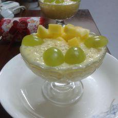 水果酸奶西米捞的做法