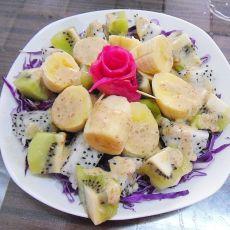 紫甘蓝水果沙拉