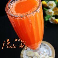 鲜榨胡萝卜汁的做法步骤