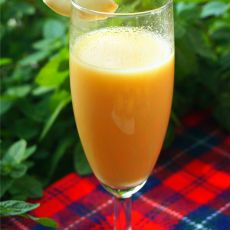 木瓜牛奶饮