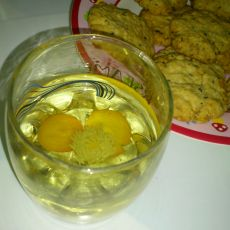 金桔菊花薄荷茶