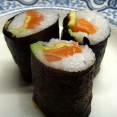 鳗鱼三文鱼寿司卷