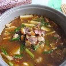 土豆腊肉炖火锅的做法