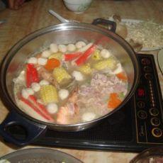玉米猪骨汤火锅的做法